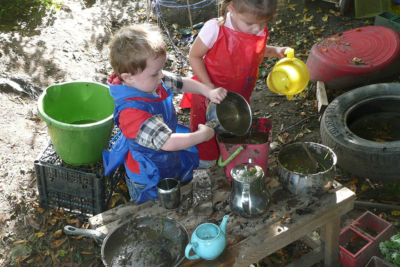 Play Matters - Playing With Nature, Mud And Getting Dirty