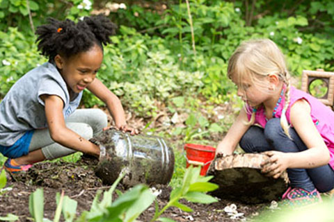Play Matters - Playing With Nature, Mud And Getting Dirty - Mud Play